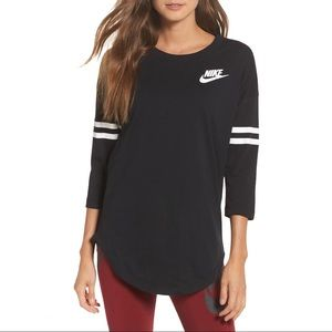 Nike Just Do It Top Size Small Black White
